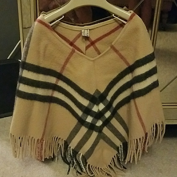 Burberry Other - Toddler girls Burberry cape